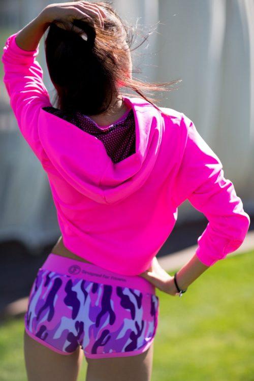 nuotrauka trumpo džemperio Fucsia iš nugaros - Designed For Fitness