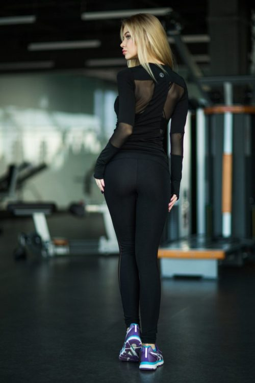 nuotrauka sportinio komplekto Basic Black iš nugaros - Designed For Fitness