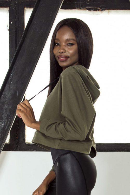 nuotrauka džemperio streetwear Khaki iš šono- Designed For Fitness